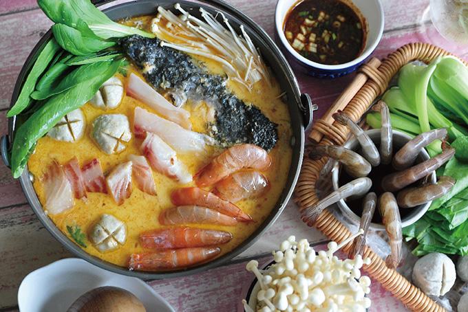 沙茶豆漿鮭魚火鍋
